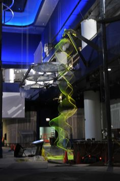 String Waves by Paul Friedlander: Kinetic light sculpture a the the Chicago…