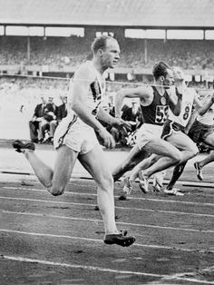 Hector 'hec' Hogan. 7 x Australian sprint champion and bronze at Melbourne's 1956 Olympic 100 metre final.