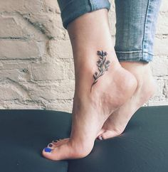 Tattoo artist: Sasha Masiuk