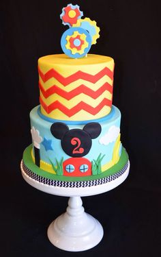 Mickey Mouse clubhouse cake Bolo Do Mickey Mouse, Mickey Mouse Clubhouse Cake, Mickey And Minnie Cake, Bolo Minnie, Mickey Mouse Baby Shower, Mickey Mouse Clubhouse Birthday Party, Mickey Cakes, Mickey Birthday, Mickey Party
