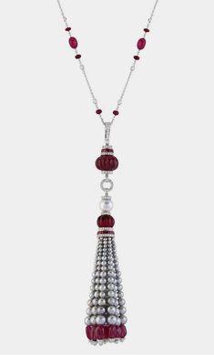 Red Jewelry, Tassel Jewelry, Art Deco Jewelry, Modern Jewelry, Jewelry Ideas, Antique Jewelry, Jewelry Box, Jewlery, Jewelry Necklaces