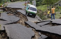 Earthquake in Nepal - 2015 - People walk on a damaged road. - nepal 02 - Xinhua News Agency/REX Earthquake And Tsunami, Earthquake Safety, Earthquake Damage, Tornados, Philippines Earthquake, La Salette, Nature, Signs, Federal