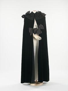 Evening Cape 1937, French, Made of silk