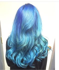 WOW: Golden To Platinum To Dimensional Purple/Blue | Modern Salon