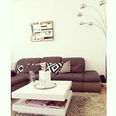 modern home / homedecoration / home ideas/ homedecor / home / mirror / love it / white & gray