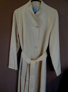"""MISTY HARBOR """"ANY WEATHER COAT"""" Pale Yellow with Self Tie Belt - Fully Lined- 14 #MistyHarbor #AnyWeatherCoat $37.99"""