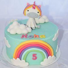 """Gâteau """"Licorne & rainbow"""""""
