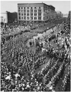 57,000 German POWs are marched through Moscow to display the Red Army's dominance. 17 July 1944. More info and link to video in comments. ron_leflore:In June 1944, the Red Army captured the German Army Group Centre. This was called Operation Bagration. 185 Soviet divisions with 2.3 million soldiers surrounded and captured or killed the 800,000 members of Army Group Centre. A month later some of the German POWs were transported to Moscow to display to the Soviet people.