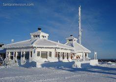 Kaunispään Huippu Restaurant auf dem Gipfel von Saariselkä in Lappland (Finnland)