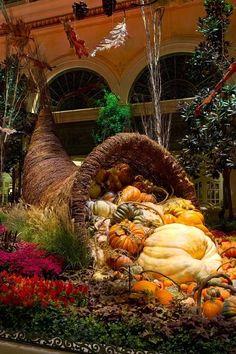 Cornucopia Fall Display, Bellagio Conservatory, Las Vegas.  Credit: VegasNews
