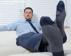 Socks Men, Men's Socks, Dress Socks, Male Feet, Sock Shoes, Lgbt, Sexy Men, Suits, Stylish