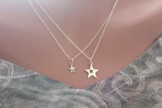 This is a beautiful Sterling Silver Mother Daughter Star Necklaces. Both the charm and the necklace are Sterling Silver. Measurement of Charm in mm: Big Charm: Length: 18 Width: 13 Height: 1 Little Ch
