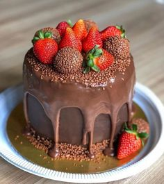 Fancy Cakes, Mini Cakes, Cupcake Cakes, Baking Recipes, Cake Recipes, Wedding Buffet Food, Best Chocolate Desserts, Lime Cake, Just Cakes