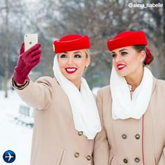 Emirates stewardess crewfie Emirates Flights, Emirates Airline, Airline Flights, Air Hostess Uniform, Emirates Cabin Crew, Trolley Dolly, Airline Uniforms, National Airlines, Glamour