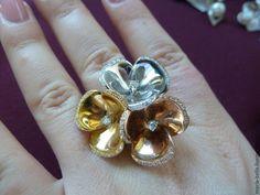 Купить My fabulous flower. Золотое кольцо с бриллиантами - золотой, бриллианты, золотое кольцо