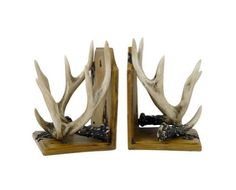 1000 images about our bedroom on pinterest cotton quilts bed in a bag and comforter - Deer antler bookends ...