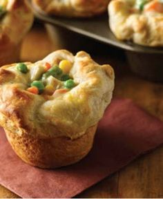 Change up your dinner tonight with these Mini Chicken Pot Pies! Find more simple meals on Walmart.com.