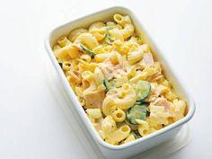 土井 善晴 さんのマカロニを使った「マカロニサラダ」。さらしたまねぎときゅうりもみを丁寧につくれば、上等な一品に仕上がります。 NHK「きょうの料理」で放送された料理レシピや献立が満載。