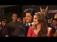 Shahrukh Khan & Kajol at Stardust Awards 2015.