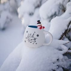 Christmas Coffee, Christmas Makes, Christmas Mood, Winter Wonderland Decorations, Winter Coffee, Baby Christmas Photos, Cute Christmas Wallpaper, Winter Background, Winter Love