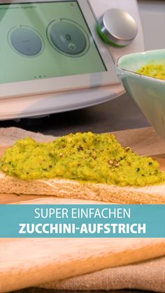 Vegetarian spread: the best recipe from the Thermomix with zucchini and cashew nuts. Vegetarian spread: the best recipe from the Thermomix with zucchini and cashew nuts. Vegan Thermomix, Thermomix Desserts, Wine Recipes, Vegan Recipes, Dessert Recipes, Bread Recipes, Food & Wine Magazine, Health Desserts, How To Eat Less