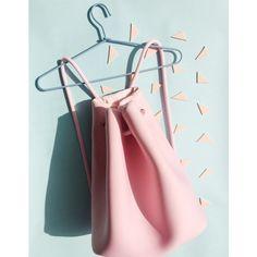 Tasche Beutler soft pink klein - http://td.oo34.net/cl/?aaid=q6mhcefxtb3hran7&ein=q4lb1cd2k7tsxrjo&paid=eg6pw0wqc6we326o - showroom - tasche - beutel - bag - fashion