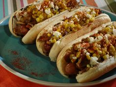 Get Brooklyn& Corniest Hot Dogs Recipe from Food Network Hot Dog Chili, Chili Dogs, Sausage Recipes, Pork Recipes, Cooking Recipes, Grilling Recipes, Drink Recipes, Hamburgers, Hot Dog Sauce