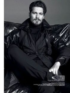 Çağatay Ulusoy on GQ Turkiye Magazine January Turkish Men, Turkish Beauty, Turkish Actors, Most Beautiful Faces, Beautiful Men, Beatiful People, Feriha Y Emir, Celebrity Singers, Artists And Models