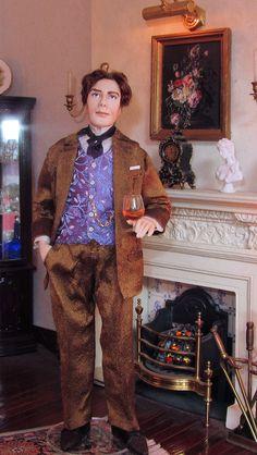 Victor, porcelain dollhouse gentleman by Annemarie Kwikkel.