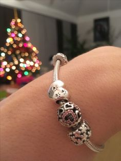 Christmas gift pandora