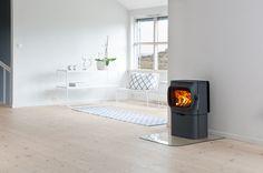Jøtul F winner of reddot 2015 and Award for design excellence Log Burner, Cozy Corner, Interior Inspiration, Stove, Home Appliances, Wood, Design, Reading Nooks, Inspired