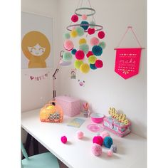 my pom pom chandelier tutorial for Mollie Makes magazine issue 42...