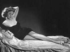lorraine crawford  as Rita in White Christmas- Google Search