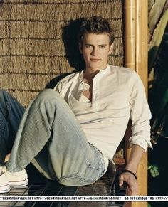 Photo of Hayden for fans of Hayden Christensen. Hayden Christensen Shirtless, Beautiful Boys, Pretty Boys, Dark Father, Hayden Christiansen, Anakin And Padme, Cute White Boys, Star Wars Wallpaper, Anakin Skywalker