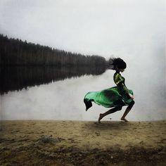 Surreal Portraits of Elegant Women Inspired by Ballet - My Modern Metropolis