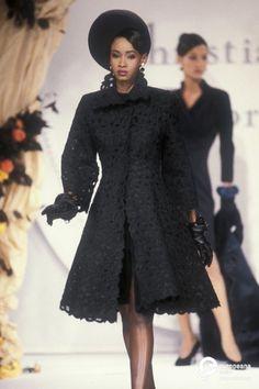 Christian Dior, Autumn-Winter 1990, Couture on www.europeanafashion.eu Robe dac4d6054bf