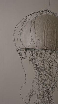 """""""fil de fer""""""""wire sculpture""""""""artiste fil de fer""""""""art""""""""art fil de fer""""""""objet fil de fer""""""""wire""""""""créateur"""" créateur fil de fer"""" sculpteur fil de fer""""""""plasticienne fil de fer"""" """"sculpture fil de fer""""""""sculptures filaires"""""""" blog fil de fer""""""""abstraction""""""""objet lumineux""""""""lustre""""""""luminaire"""" """"pièce unique"""""""
