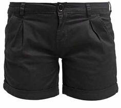 Pantalones Cortos De Mujer  No hay mayor sinónimo de periodo estival que los… Shorts, Black, Fashion, Latest Fashion Trends, Feminine, Women, Clothing, Ponchos, Moda