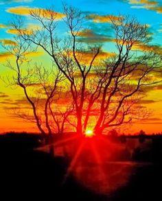 In de natuur genieten van de mooie zonsondergang... #sunset #geniet #smile www.genietgroep.nl