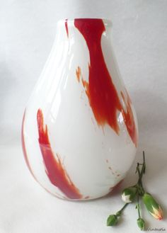 Vintage glass vase / Glass art vase / Drop shaped by SoVintastic, €23.00