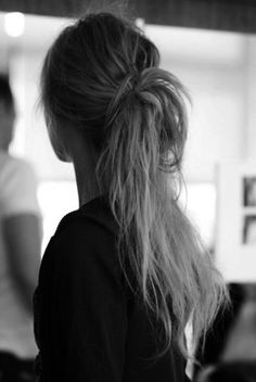 I loose knotted ponytail keep hair back without being overly styled