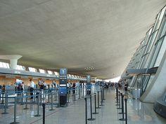 Dulles International Airport interior - Eero Saarinen