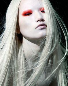 Crafty Lady Abby: BEAUTY: Red Eye Makeup