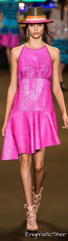 ESPAÇO FASHION Summer 2015 Ready-to-Wear