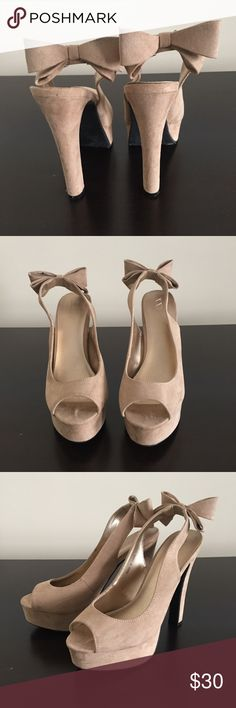 "Forever 21 bow slingback heels Never been worn. 5.5"" heel with 1.25"" platform Forever 21 Shoes Heels"