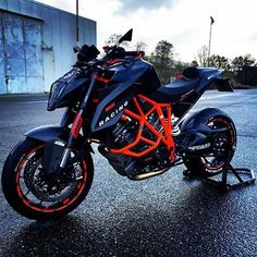 Double tap if you want this KTM! Moto Bike, Motorcycle Bike, Ducati, Er6n, Cool Motorcycles, Super Bikes, Street Bikes, Bike Design, Bike Life
