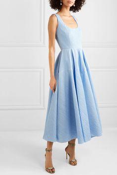 Emilia Wickstead - Amal open-back cotton-blend cloqué maxi dress Floral Dress Outfits, Boho Dress, Blue Dresses, Dress Skirt, Casual Dresses, Short Dresses, Ladies Dresses, Formal Outfits, Pleated Skirt