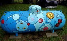 Painted Propane Tank Propane Tank Art, Propane Tank Cover, Painted Mailboxes, Farm Art, 3d Street Art, Tank Design, Yellow Submarine, Mural Art, Diy Painting