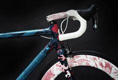 Y si te gustan los pajaritos... Festka Bike by Tomski & Polanski