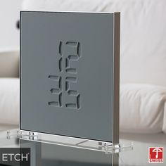 ETCH CLOCK - engraving time watches -